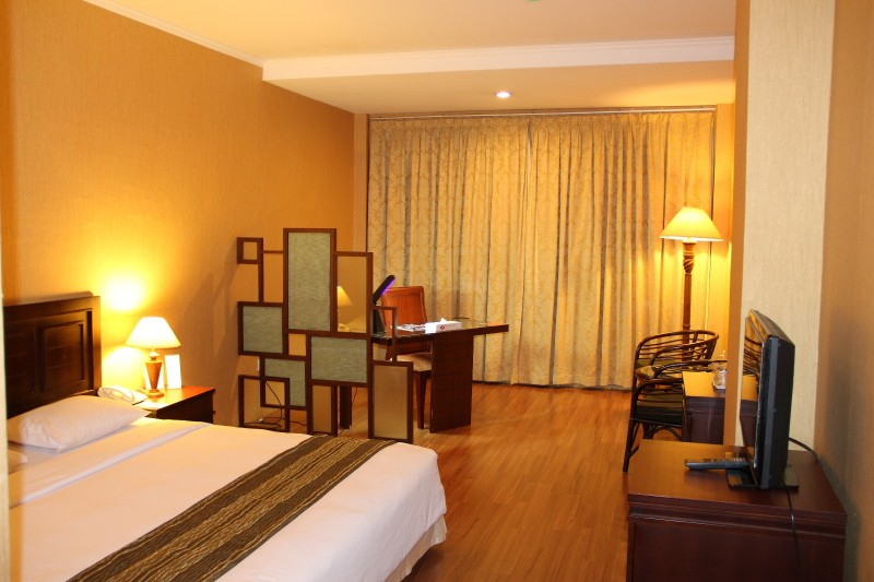 royal deluxe royal asia hotel palembang