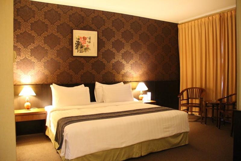 royal junior suite royal asia hotel palembang