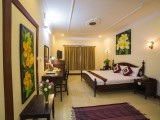 Deluxe King with private balcony-Anise Hotel & Restaurant - Phnom Penh - Cambodia