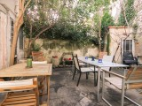 Relaxing Area in the Garden | Prêcheurs Studios | Aix-en-Provence, France