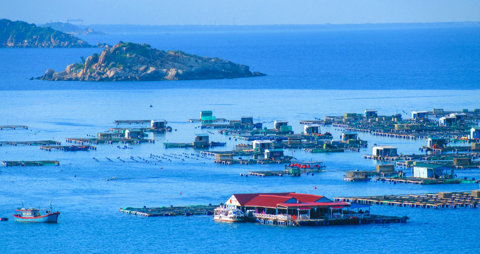 Vịnh Vĩnh Hy | Khu nghỉ dưỡng Con Gà Vàng | Phan Rang