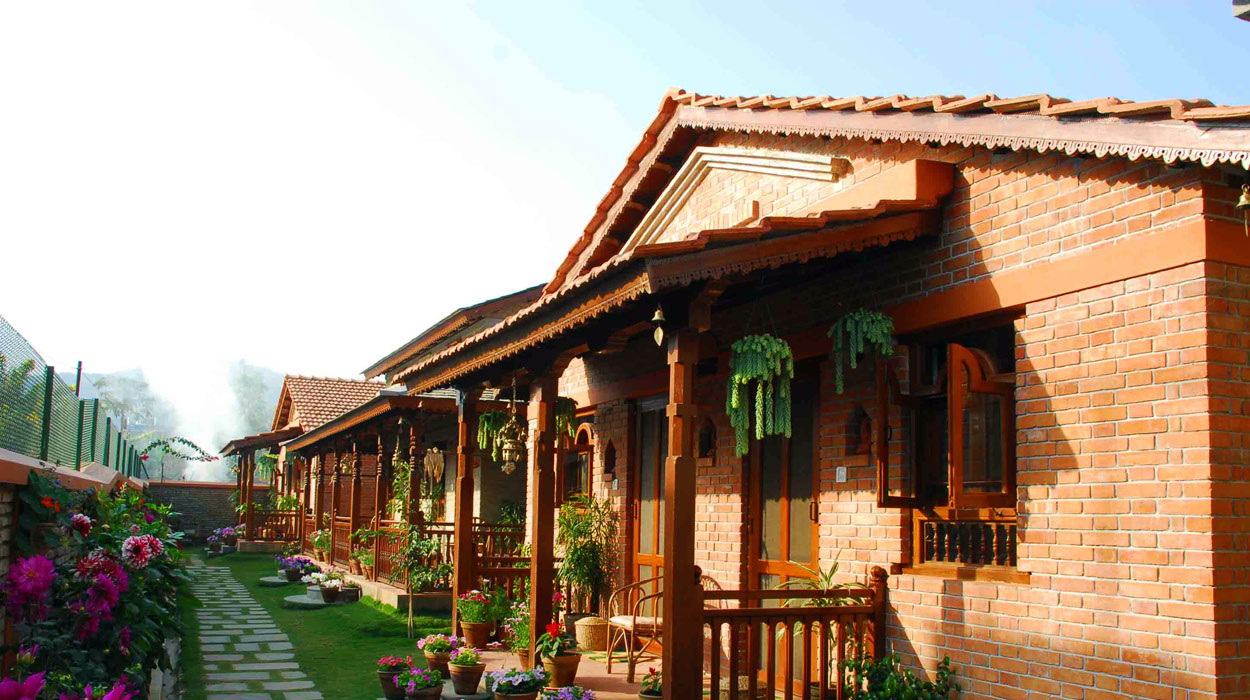 Vardan Resort n' Apartment - Banner