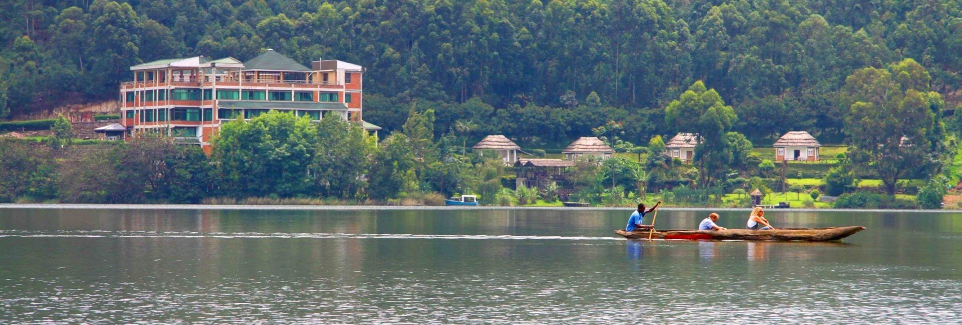 Bunyonyi Safaris Resort