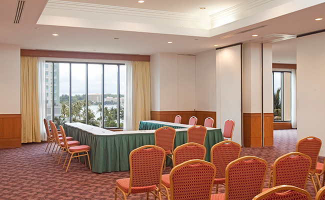 Oceanview Ballrooms - U Shape with Theater Setup