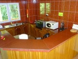 Kitchen I Reef Holiday Apartments