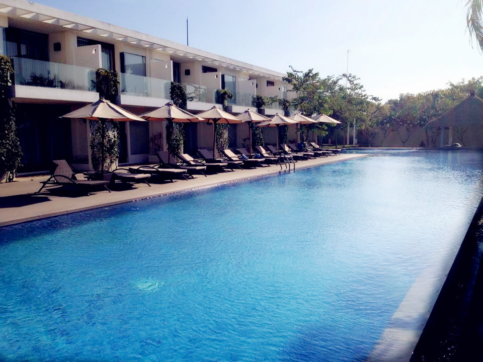 Swimmingpool at The Wangsa Hotel & Villas