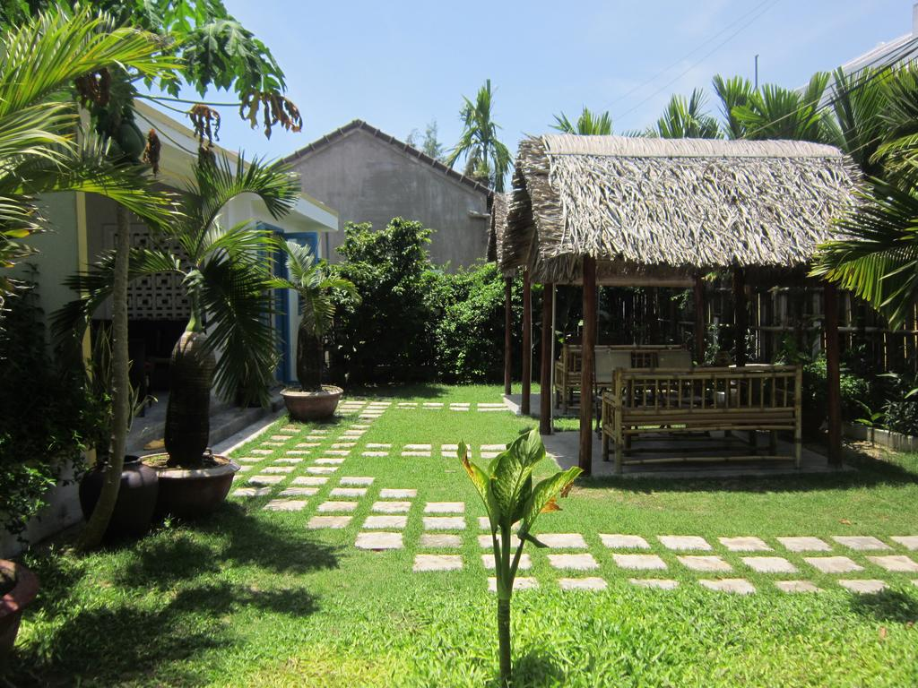 Local Beach Homestay - Banner