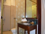 Bathroom | Orchids Homestay