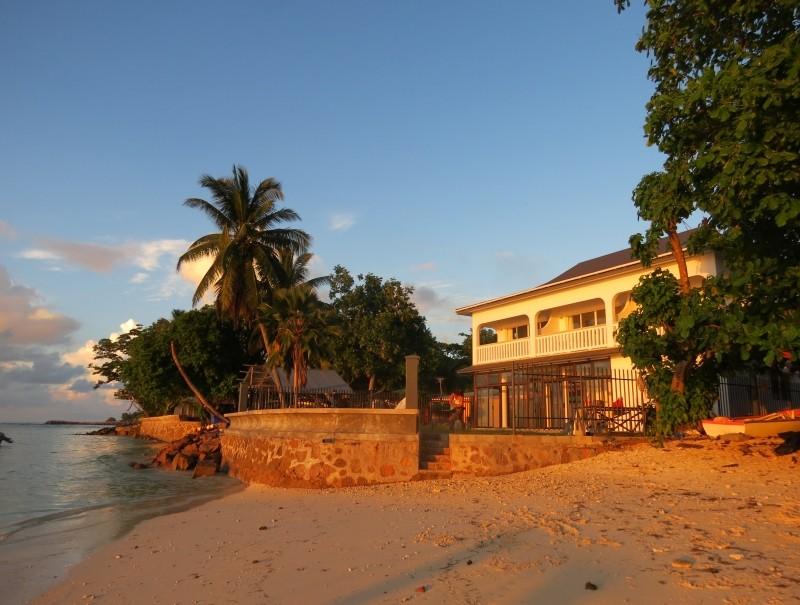 Marie France Beach Front Apartments Website La Digue