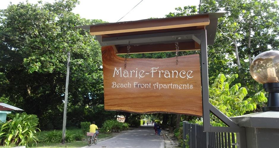 Marie-France Beach Front Apartments - Banner