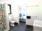 Cottage Bathroom Agnes Water 1770 Hotel Accommodation Retreat The Lovely Cottages