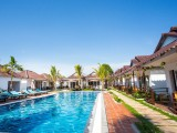 Swimming Pool - Sea Breeze Resort - Sihanoukville, Cambodia