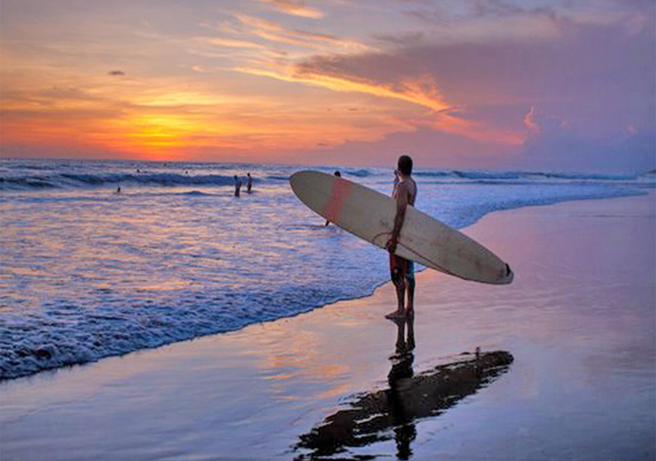 Surfing || Canggu Beach