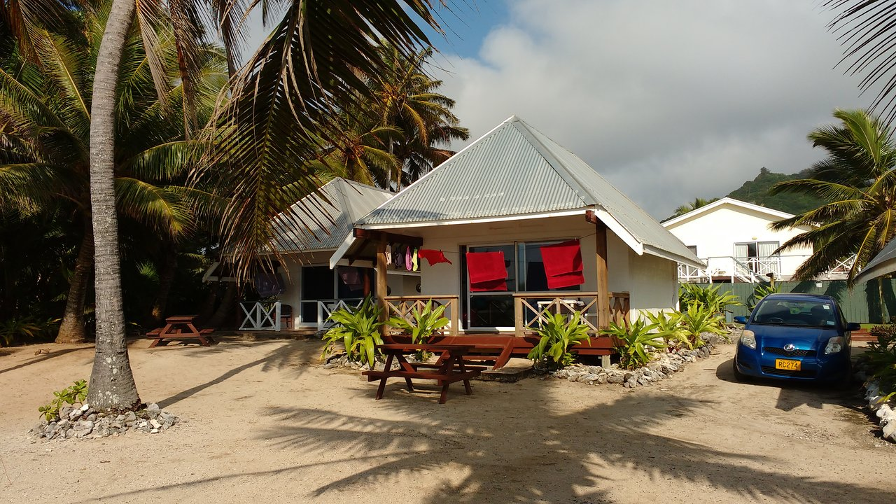 Sunrise Beach Bungalows - Banner